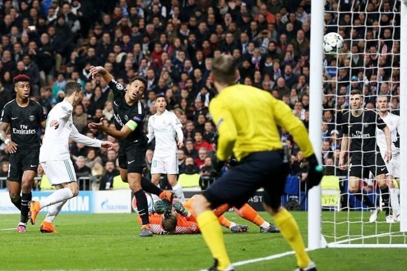 Real Madrid 3-1 PSG: Ở đâu khó có Ronaldo