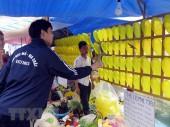 Trò chơi ăn tiền hoạt động công khai tại chợ Viềng Xuân