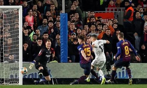 Barcelona 1-1 Real: Tiếc cho 'kền kền trắng'