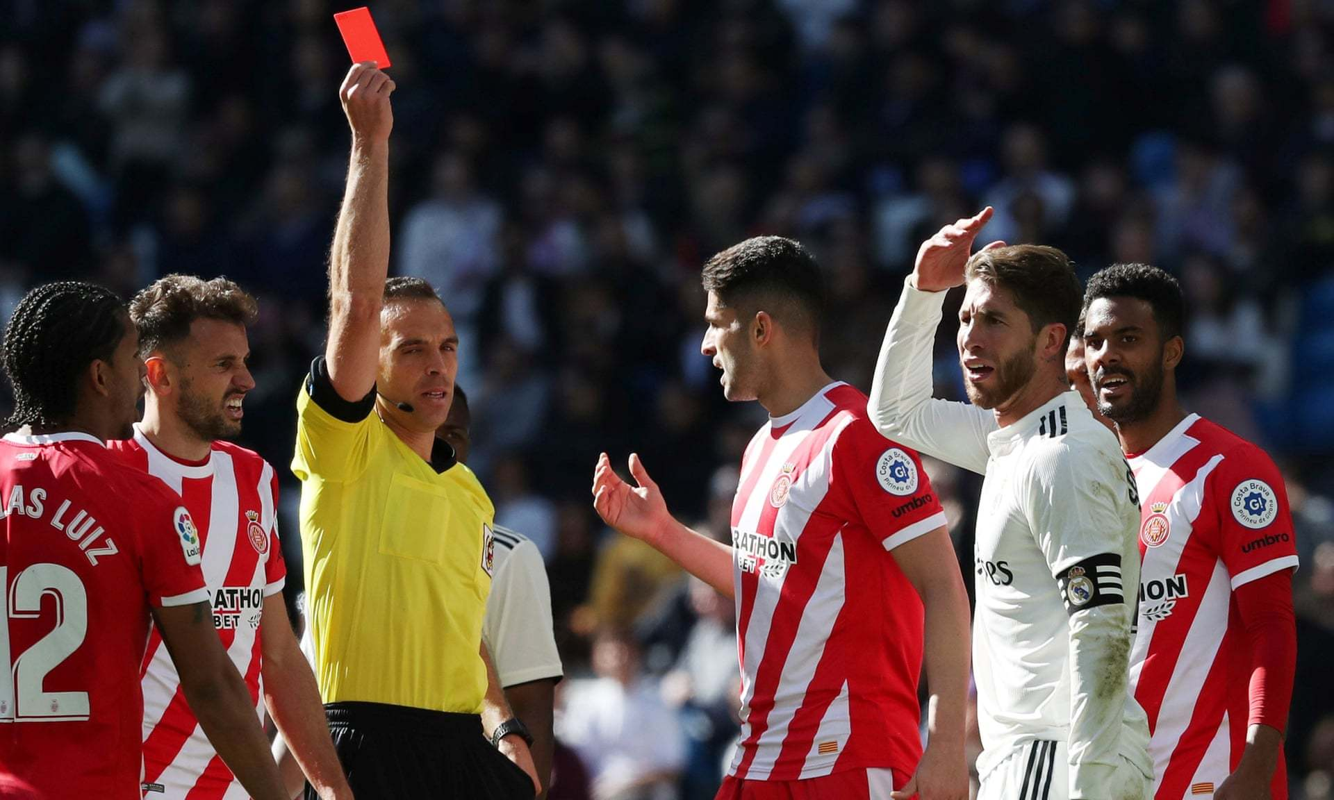 Real Madrid 1-2 Girona: Real thất bại trong ngày Ramos lập kỷ lục buồn