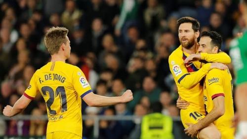 Betis 2-3 Barcelona: Messi lập hat-trick kiến tạo Barca ngược dòng nghẹt thở