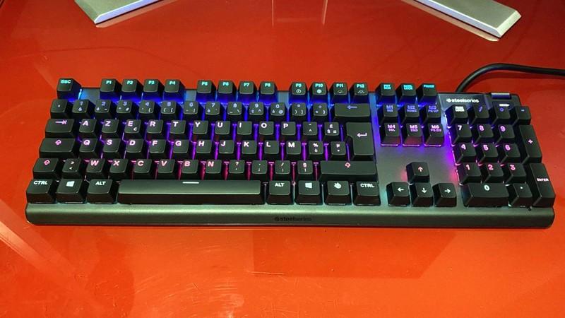 Những mẫu bàn phím máy tính được người dùng đánh giá cao