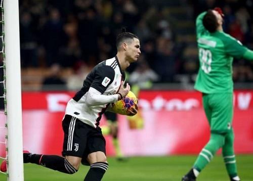 """AC Milan 1-1 Juventus: """"Bà đầm già"""" thoát hiểm phút cuối"""
