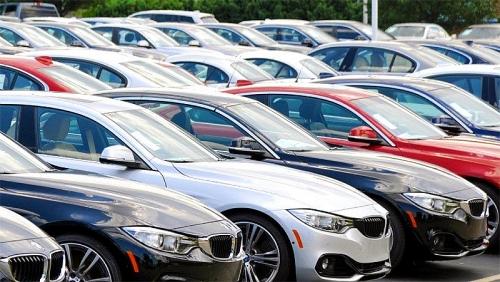 Quy định thay đổi, ô tô nhập ồ ạt tràn vào, giá giảm sâu hơn