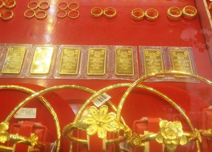 Giá vàng SJC nhảy vọt lên 45 triệu đồng/lượng