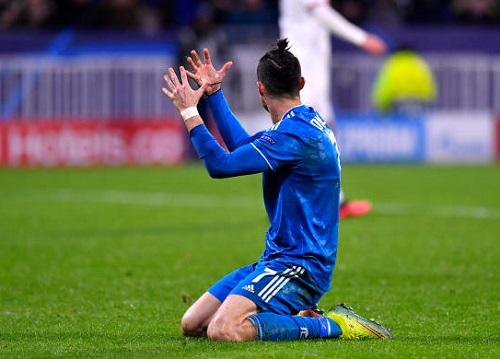 Lyon 1-0 Juventus: Ngày buồn của C.Ronaldo