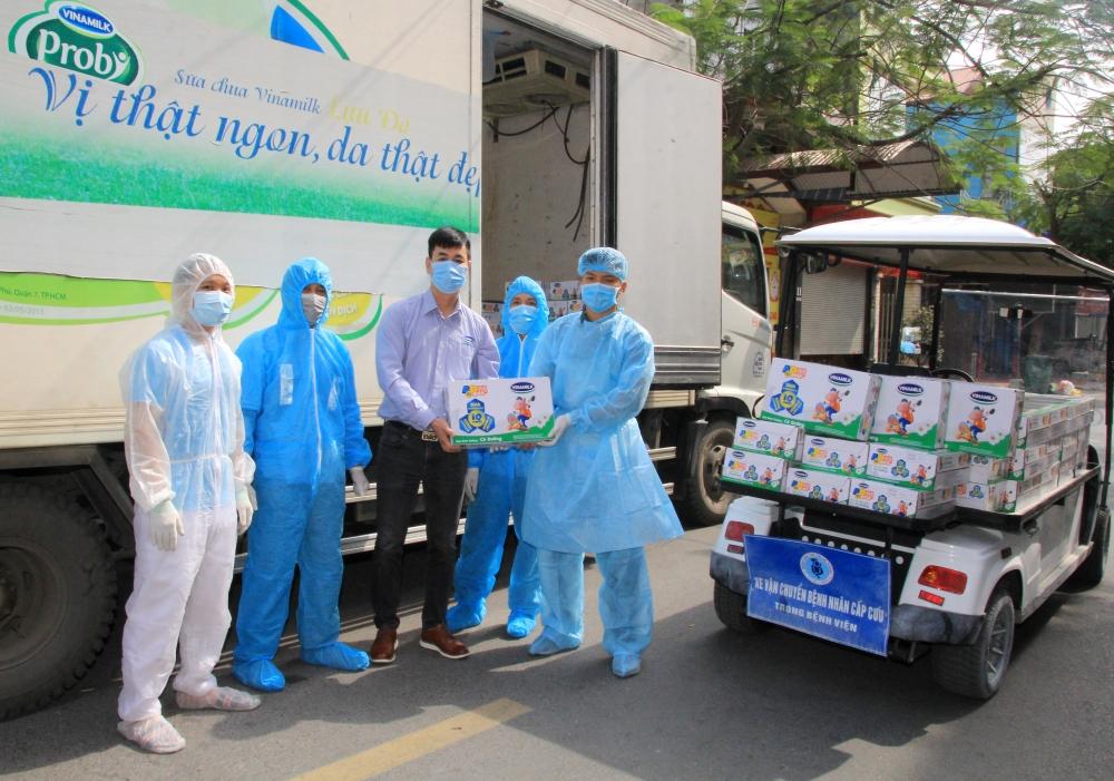 Vinamilk hỗ trợ 45.000 hộp sữa cho hơn 800 trẻ em đang cách ly tại Hà Nội, Hải Phòng và Hải Dương