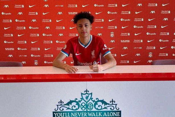 """Liverpool chiêu mộ thành công """"sao trẻ"""" Kaide Gordon"""