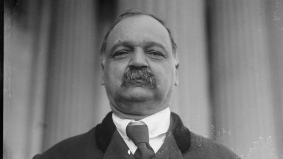 Những điều ít biết về Phó Tổng thống da màu đầu tiên của Mỹ