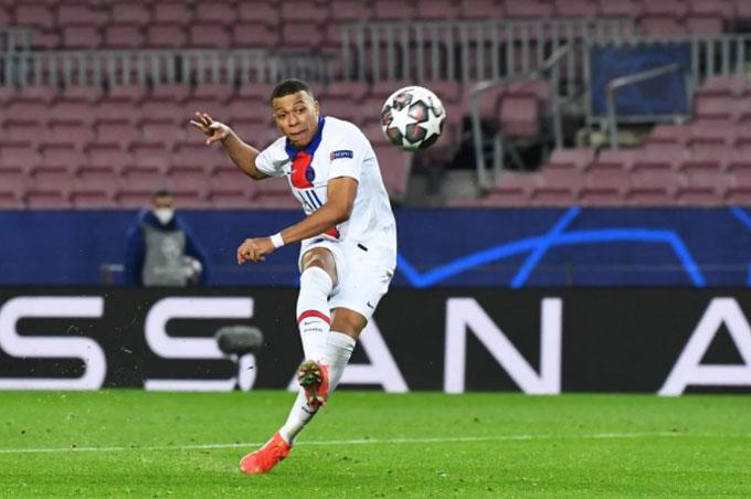 Mbappe đã có ngày thi đấu thăng hoa trước Barca
