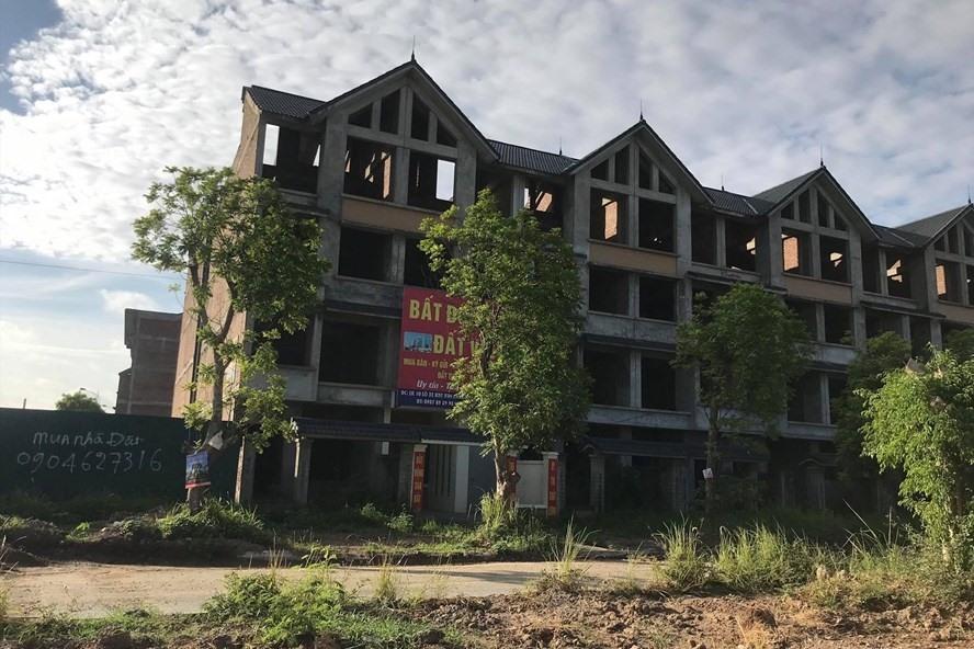 Nhận thừa kế bất động sản phải nộp thuế thế nào?