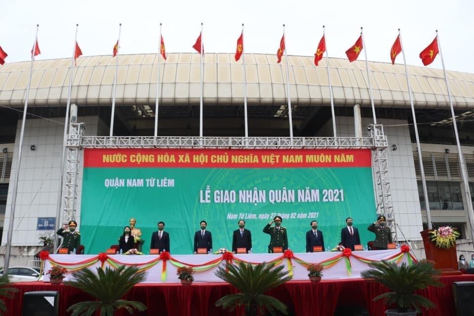 Hơn 4.000 thanh niên Thủ đô hăng hái lên đường nhập ngũ