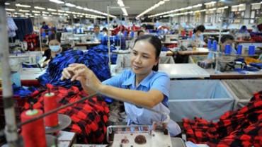 Bảo vệ tốt quyền lợi của lao động nữ