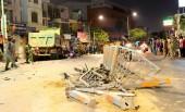 TPHCM: Xe ben tông hàng loạt xe máy, người bị thương nằm la liệt
