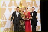 'Người đẹp và thủy quái' chiến thắng vang dội với 4 tượng vàng Oscar 2018