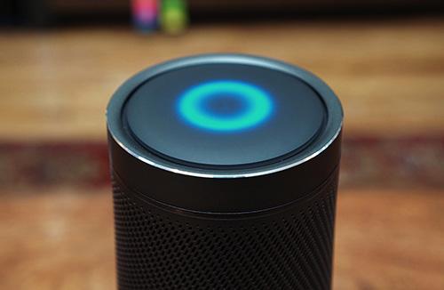 Trợ lý ảo Microsoft Cortana có thêm tích năng kiểm tra email Outlook