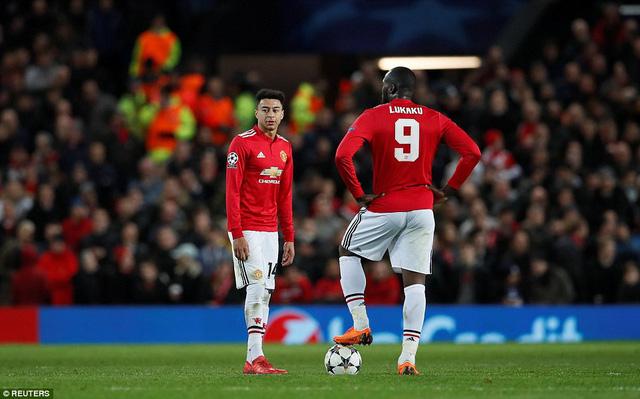 Man United 1-2 Sevilla: Chấn động Old Trafford