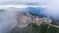 """Du lịch miền Trung Tây Nguyên: Nấc thang nào tới """"thiên đường""""?"""