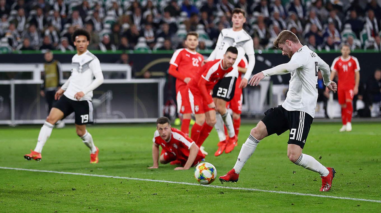 Đức 1-1 Serbia: Lệch thước ngắm, 'Xe tăng' Đức bị cầm hòa trên sân nhà