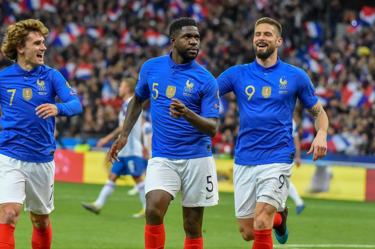 Pháp 4-0 Iceland: Hàng công tiếp tục bùng nổ, Gà Trống thị uy sức mạnh