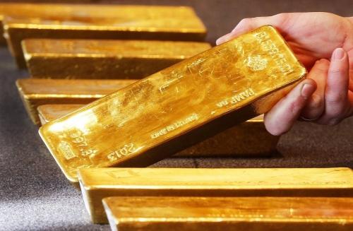 Giá vàng hôm nay 30/3: Đột ngột hạ nhiệt, vàng còn cơ hội tăng?