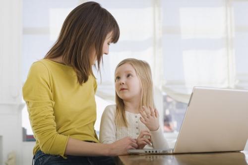 Dạy con kỹ năng để giúp trẻ tự xử lý khi bị lạc đường