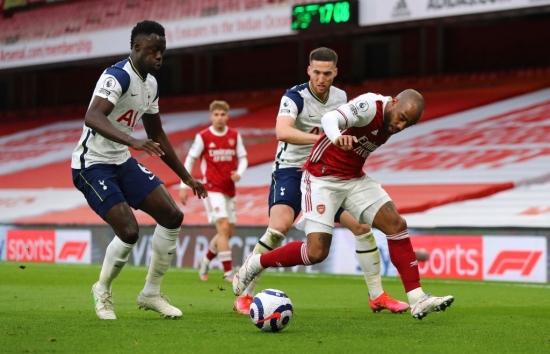 Arsenal 2-1 Tottenham: Mãn nhãn derby