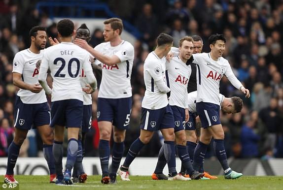 Chelsea 1-3 Tottenham: Dấu chấm hết cho Conte