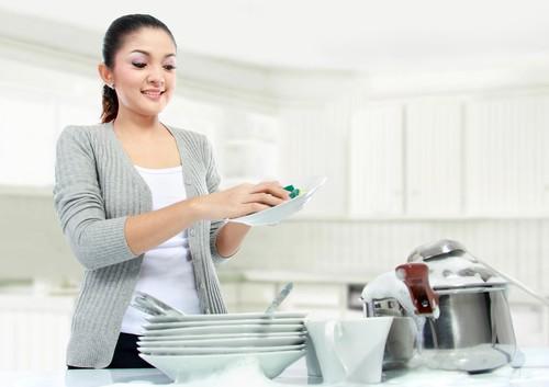 Cái bẫy ngọt ngào khiến phụ nữ trở thành người giúp việc cả đời