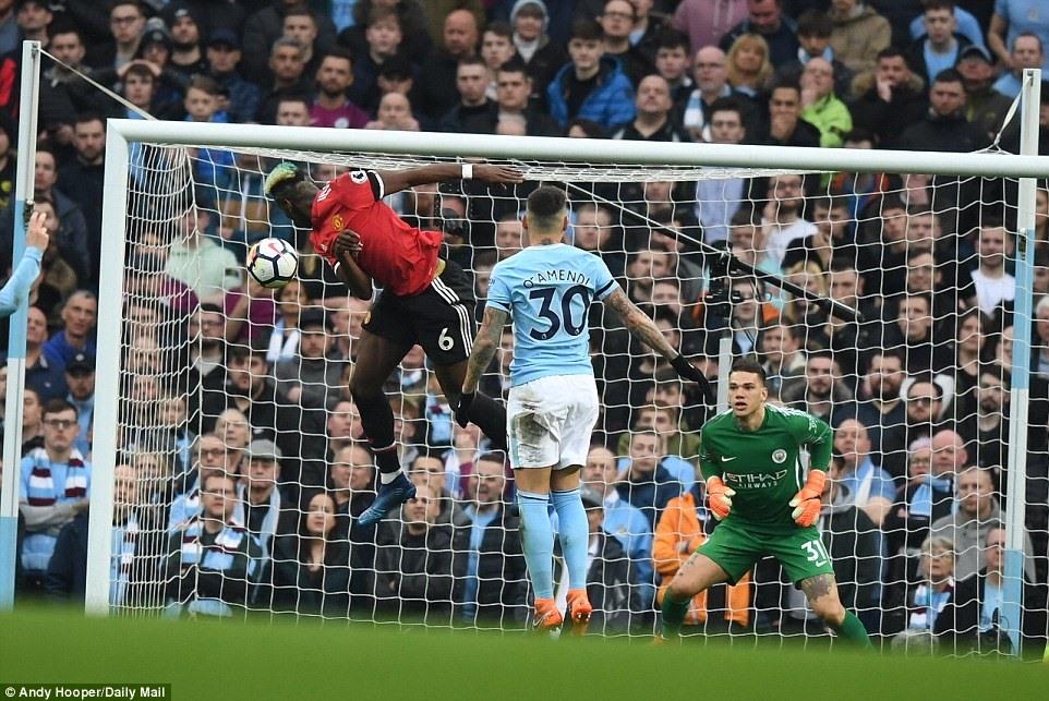 Man City 2-3 Man Utd: Ngược dòng không tưởng