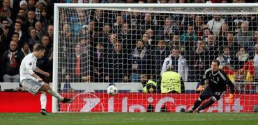 Real Madrid 1-3 Juventus: 'Hút chết' ở Bernabeu