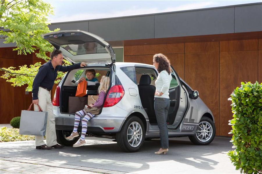 Những kinh nghiệm mua xe ô tô phục vụ cho gia đình