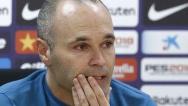 Iniesta chính thức chia tay Barca sau 22 năm gắn bó