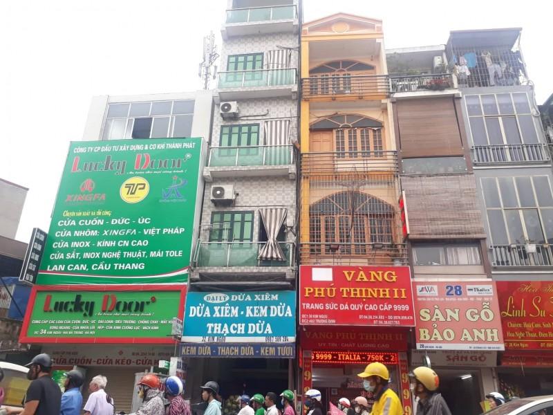 Kỳ 2: Loạn sắc màu trên các con phố Thủ đô