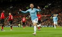 Man Utd 0-2 Man City: 'Man xanh' chạm một tay vào ngôi vương
