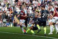 Burnley 0-1 Man City: Tiến gần ngôi vương