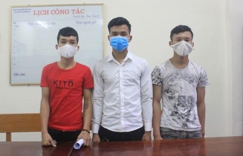 Bắt 3 thanh niên gây ra nhiều vụ cướp điện thoại