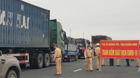 Người từ tỉnh ngoài về Quảng Ninh phải có xét nghiệm âm tính Covid-19, thực hiện cách ly có trả phí