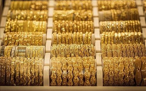 Giá vàng hôm nay 26/4: Người mua tiếp tục lỗ nặng dù giá vàng tăng phi mã?