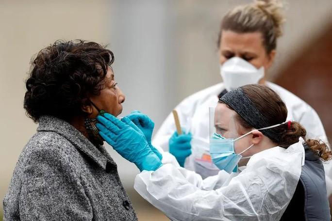 Covid-19: Số ca nhiễm ở Mỹ vượt mốc 1 triệu, dự báo đỉnh dịch kéo dài