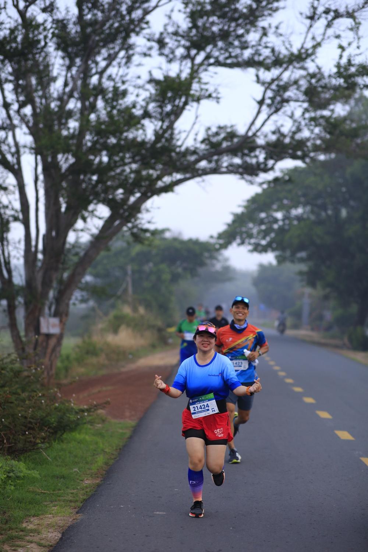 BaDen Mountain Marathon 2021 sở hữu đường chạy đẹp như mơ