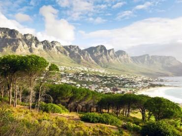 Sững sờ trước những địa danh đẹp 'vượt tầm kiểm soát' ở châu Phi