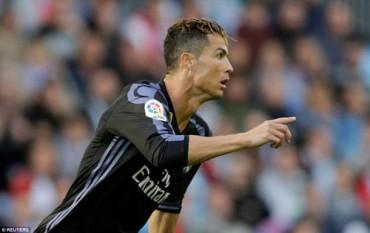 CR7 lập cú đúp, Real Madrid chạm một tay vào ngôi vương