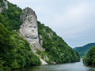 Ngắm những bức tượng vĩ đại nhất thế giới