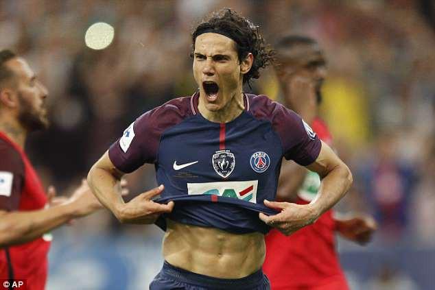 PSG thống trị bóng đá Pháp