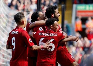 Liverpool 4-0 Brighton: Niềm vui nhân đôi