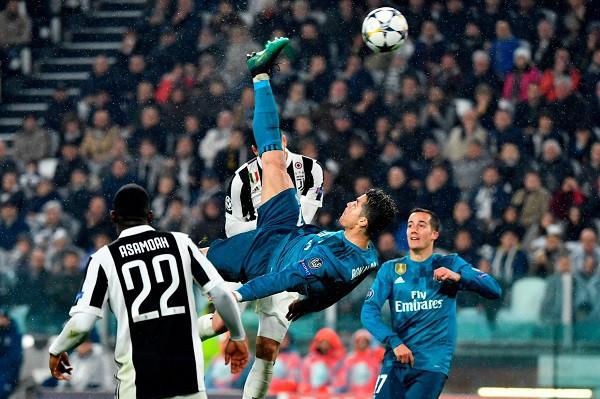 C.Ronaldo giành giải Bàn thắng đẹp nhất Champions League 2017/18