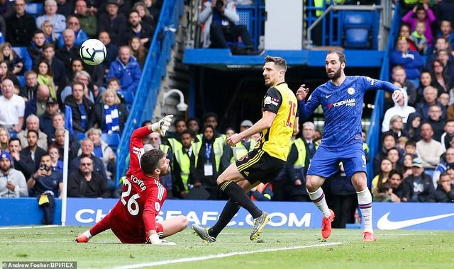 chelsea 3 0 watford the blues chac suat top 4