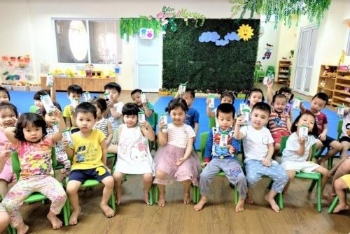 Lợi ích kép của chương trình Sữa học đường Hà Nội