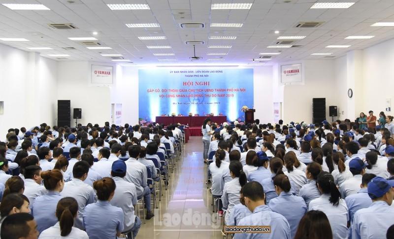 """Hội nghị """"Gặp gỡ, đối thoại giữa Chủ tịch UBND Thành phố Hà Nội với Công nhân Lao động Thủ đô"""""""